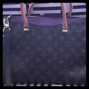 Louis Vuitton Bags - Authentic Original Louis Vuitton Bag